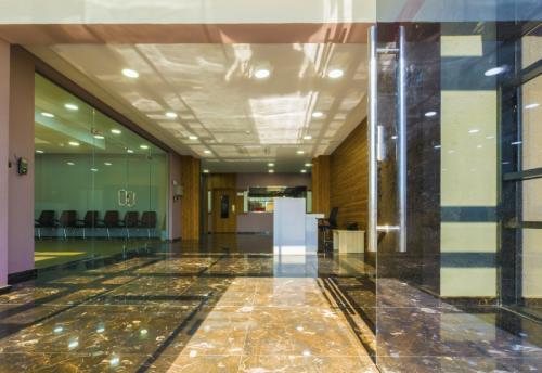 مبنى 2 - مدخل